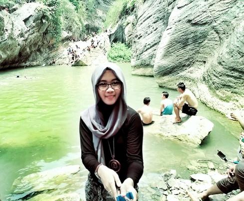 mukeee kaya tempeeee .. gosoong .hahaha :(