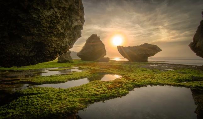 Padang-padang-beach-Bali-Indonesia-3652891739